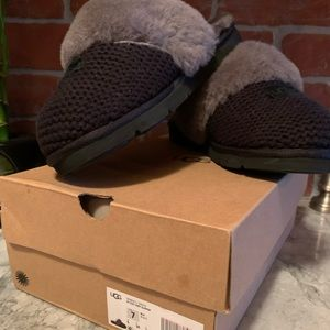 UGG Shoes - NWT ugg slippers